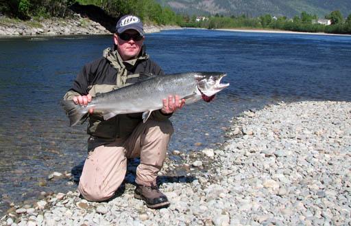Kjøp fiskekort sone 3-6 og Trettøya på nett